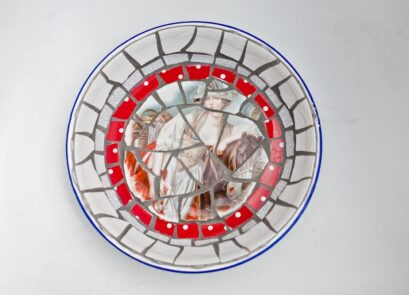 vintage,retro,crockery,ceramic,mosaic,art,sculpture,garden