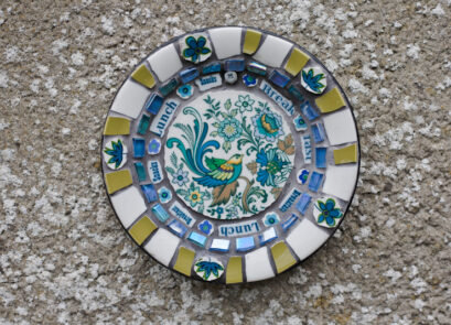 mosaic,bird,blue,retro,ceramic,garden,sculpture,art