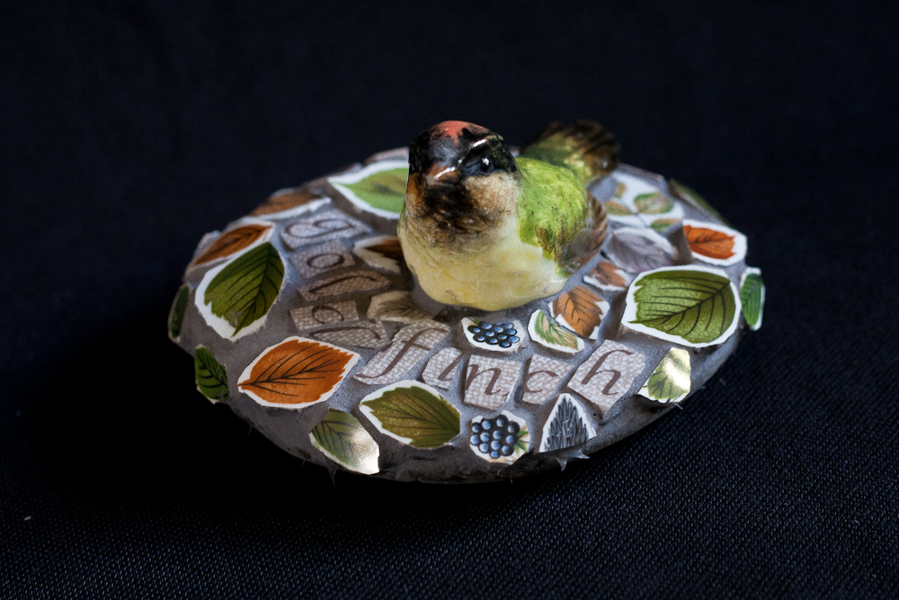 mosaic,bird,vintage,ceramic,retro,art,sculpture,wellbeing